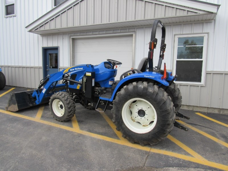 2010 New Holland Boomer 3040 Tractor For Sale