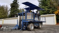 Berry Harvester-Self Propelled For Sale 1998 Korvan 9000