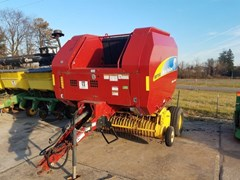 Baler-Round For Sale 2009 New Holland BR7060
