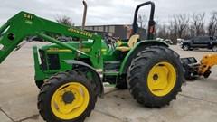 Tractor For Sale 2001 John Deere 5220 , 45 HP