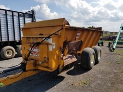 Manure Spreader-Dry/Pull Type For Sale 2003 Kuhn Knight 8124
