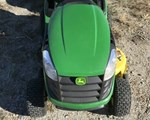 Riding Mower For Sale: 2015 John Deere D125, 20 HP