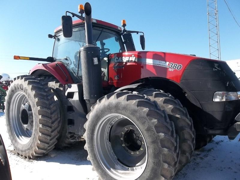 2014 Case IH Magnum 380 CVT Tractor For Sale