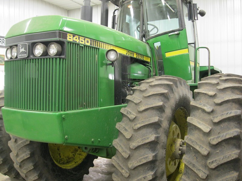 1983 John Deere 8450 Tractor For Sale