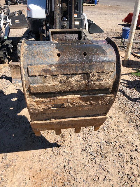 Bobcat MX4-24-T Bucket