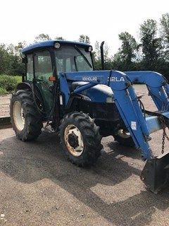 Tractor For Sale 2004 New Holland TN70S , 66 HP