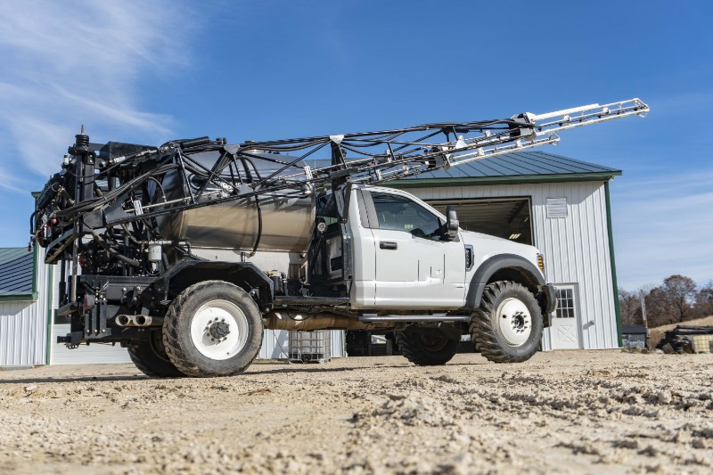 2017 Ford 550 Sprayer-Self Propelled For Sale