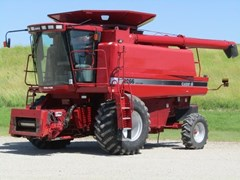 Combine For Sale 2004 Case IH 2366