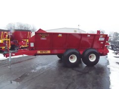 Manure Spreader-Dry/Pull Type For Sale 2018 Meyer SV7500T