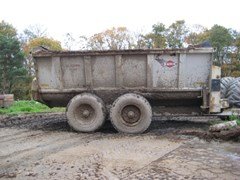 Manure Spreader-Dry For Sale 2010 Kuhn Knight 8132