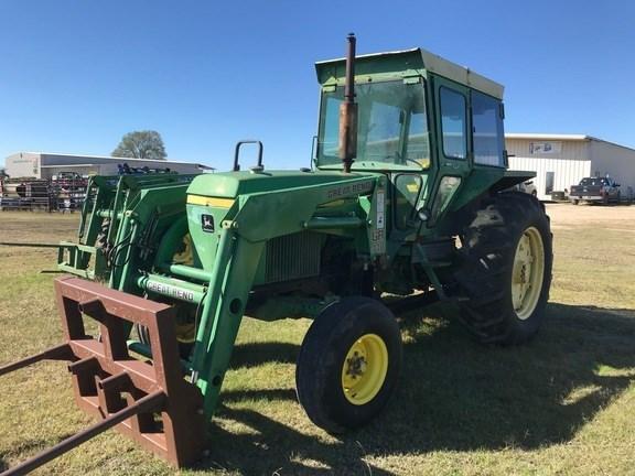 John Deere 2940 Tractor For Sale