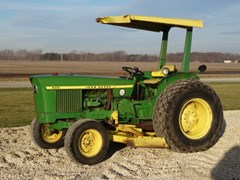 Tractor For Sale 1975 John Deere 830 , 35 HP