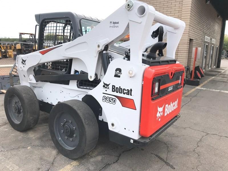 Bobcat S850 T4 Skid Steer