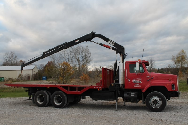 1987 International S2600 Roll Off Truck For Sale