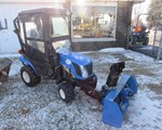 Tractor For Sale:  New Holland Boomer 1025, 25 HP
