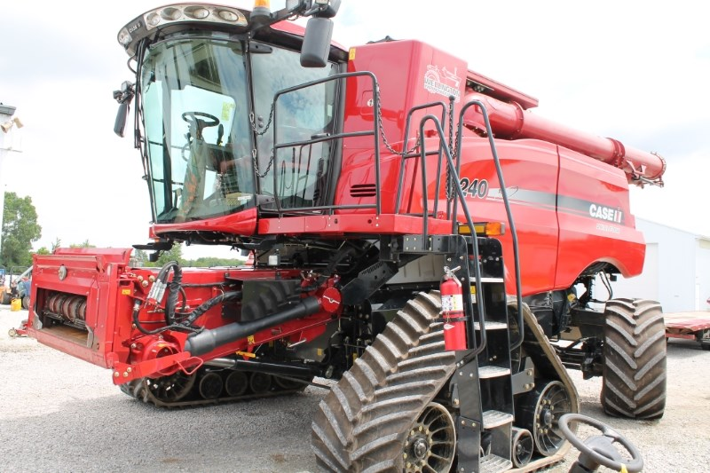 2016 Case IH 8240 Combine For Sale