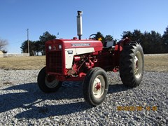 Tractor For Sale 1976 International 424  , 36 HP