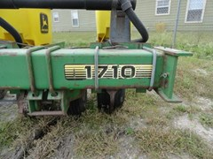 Planter For Sale 1996 John Deere 1710