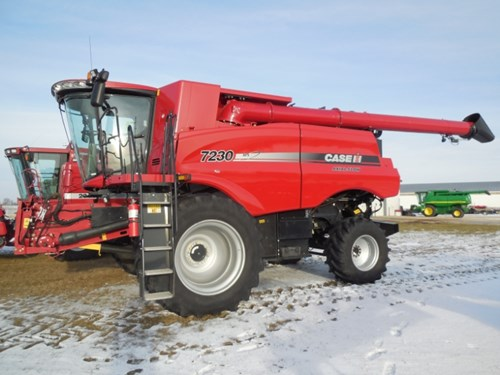 Combine For Sale:  2014 Case IH 7230