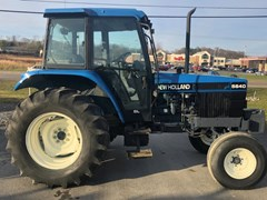 Tractor For Sale 1997 New Holland 5640 , 76 HP