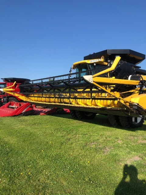 2006 New Holland 74C Header-Auger/Flex For Sale