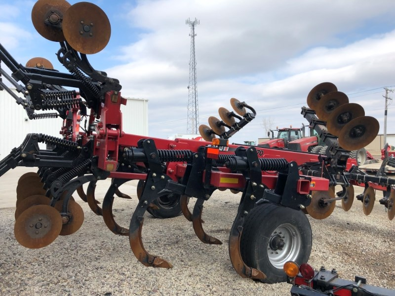 2010 Case IH 870 Disk Ripper For Sale