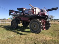 Sprayer-Self Propelled For Sale Miller 2200HT