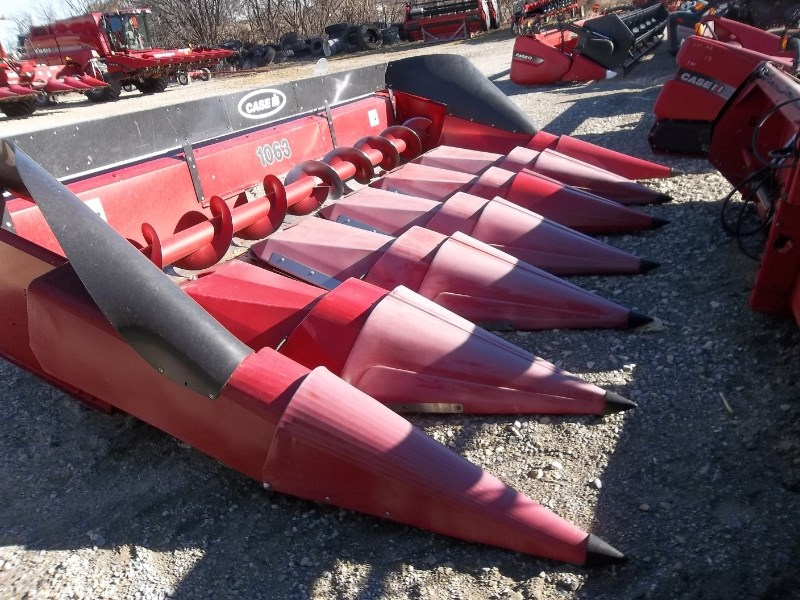 Case IH 1063 6RN Header-Corn For Sale