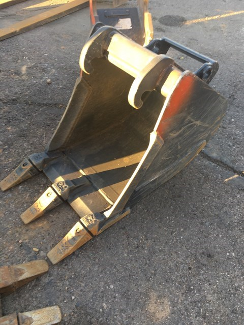 Bobcat MX3-16-T Bucket