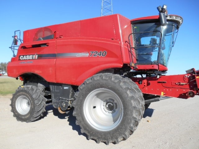2016 Case IH 7240 Combine For Sale