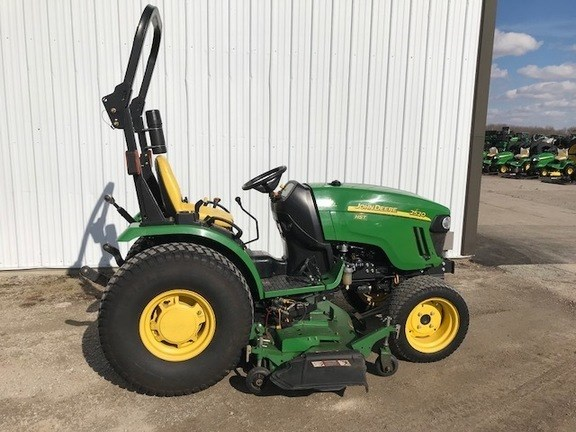 2011 John Deere 2520 Tractor For Sale