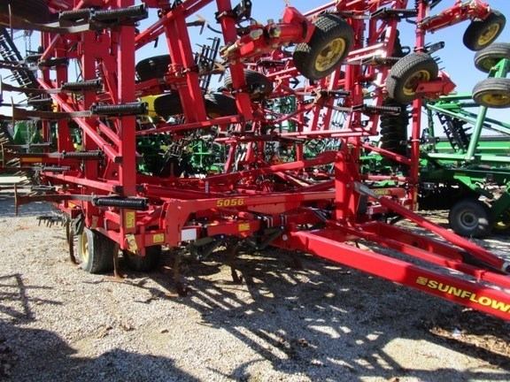 2016 Sunflower 5056-49 Field Cultivator For Sale
