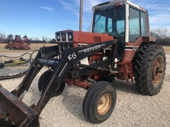 Tractor For Sale International 1086 , 146 HP