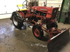 Tractor For Sale 1968 IH 140 , 5 HP