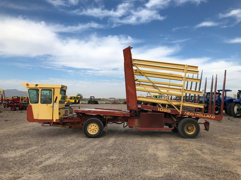 New Holland 1095 Bale Wagon-Self Propelled For Sale