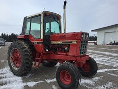 Tractor For Sale 1980 International 1086