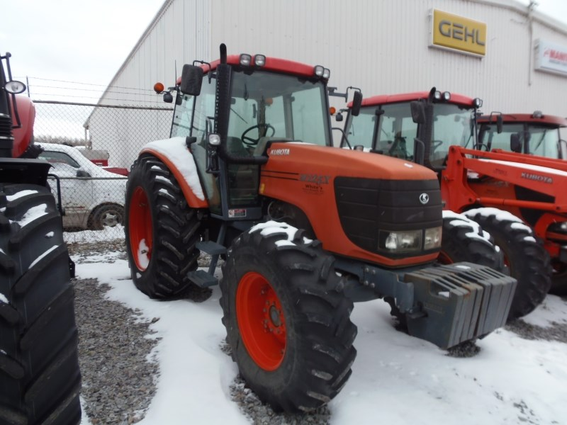 2005 Kubota M125XDTC Tractor For Sale