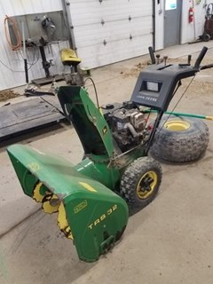 Snow Blower For Sale 2000 John Deere TRS32