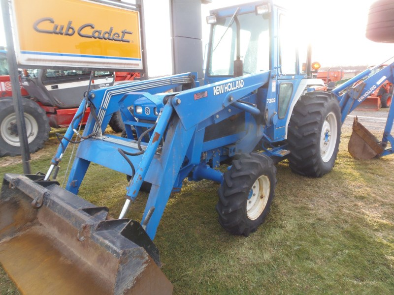 2001 Ford 2120 Tractor For Sale