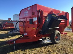 Feeder Wagon-Portable For Sale Kuhn Knight RA136
