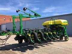 Planter For Sale 2017 John Deere 1775NT 16R