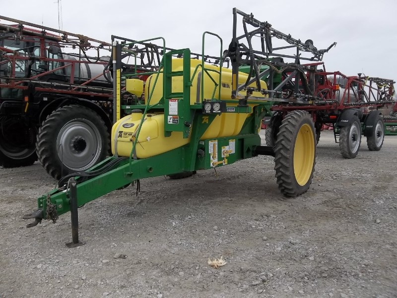 Top Air TA1200 Sprayer-Pull Type For Sale