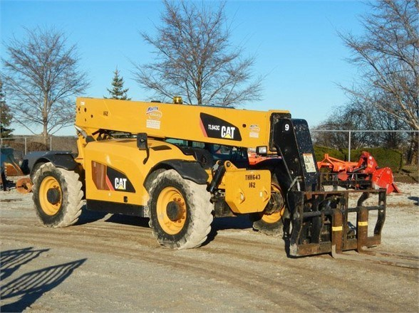 2013 Caterpillar TL943C Telehandler For Sale