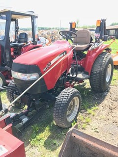 Tractor - Compact Utility For Sale 2004 Case IH DX33 , 33 HP