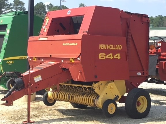 1996 New Holland 644 Baler-Round For Sale