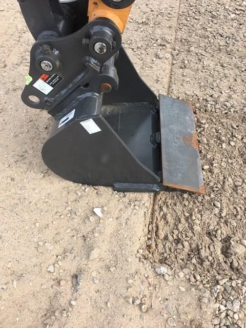 2018 Case 16IN Bucket