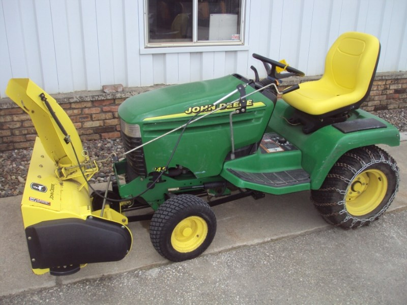 2001 John Deere 345 Riding Mower For Sale