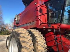 Combine For Sale Case IH 2588