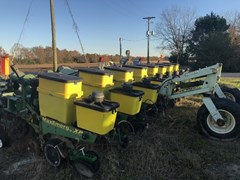 Planter For Sale 2006 John Deere 1700
