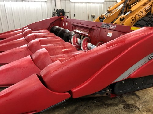 Header-Corn For Sale:  2009 Case IH 3206